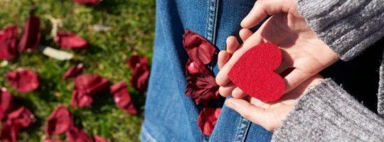 Ερωτικό Ωροσκόπιο Μαΐου – Ευχάριστες ανατροπές σε σχέσεις, γνωριμίες και συνεργασίες!