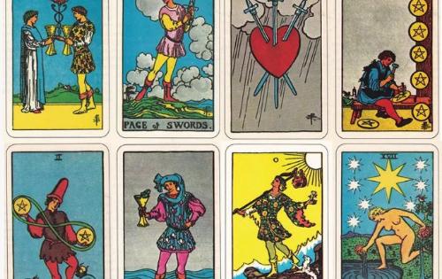Οι κάρτες των ΤΑΡΩ τοποθετούν χρονικά επικοινωνίες και συναντήσεις